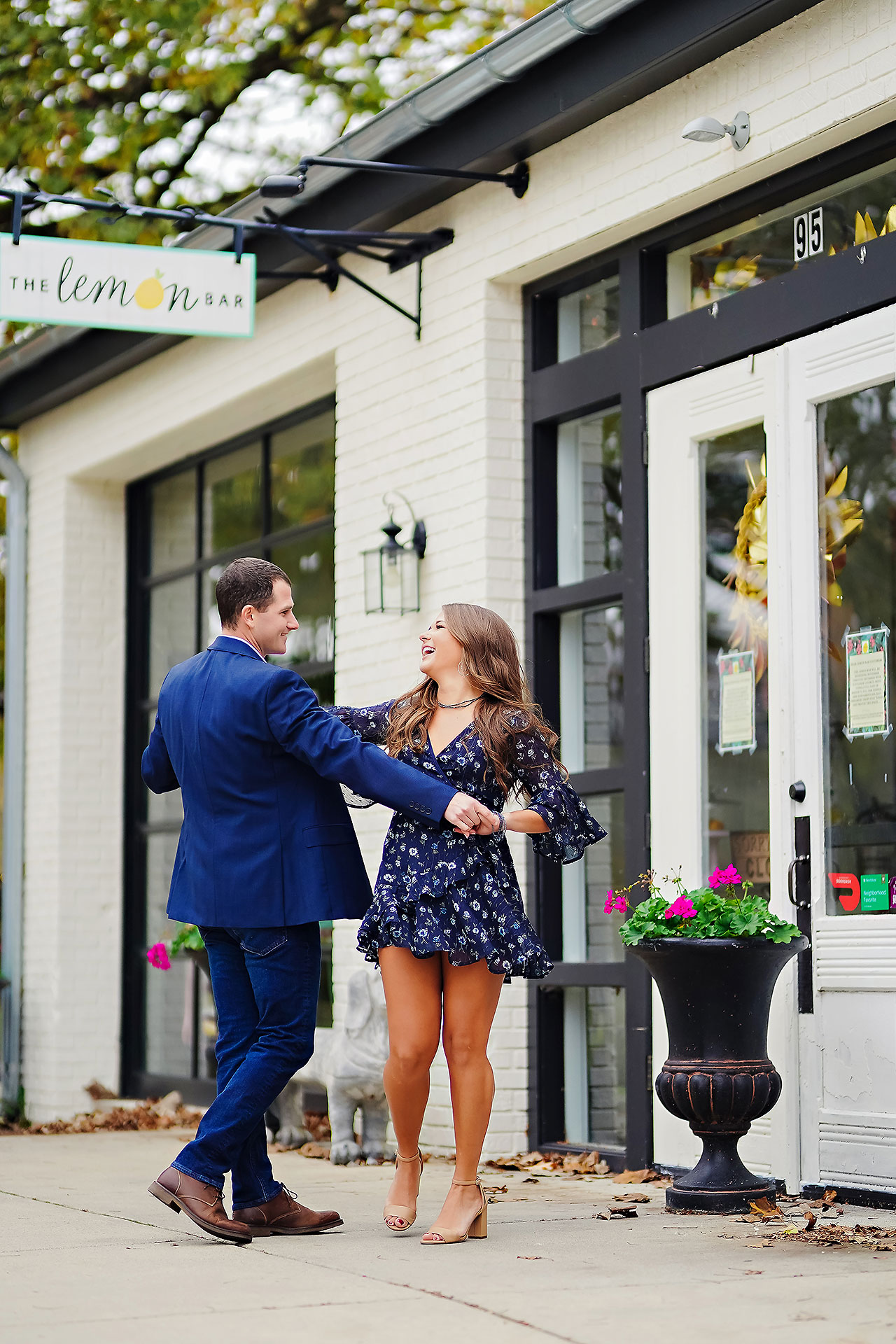 Sarah Andrew Holcomb Gardens Zionsville Engagement Session 090