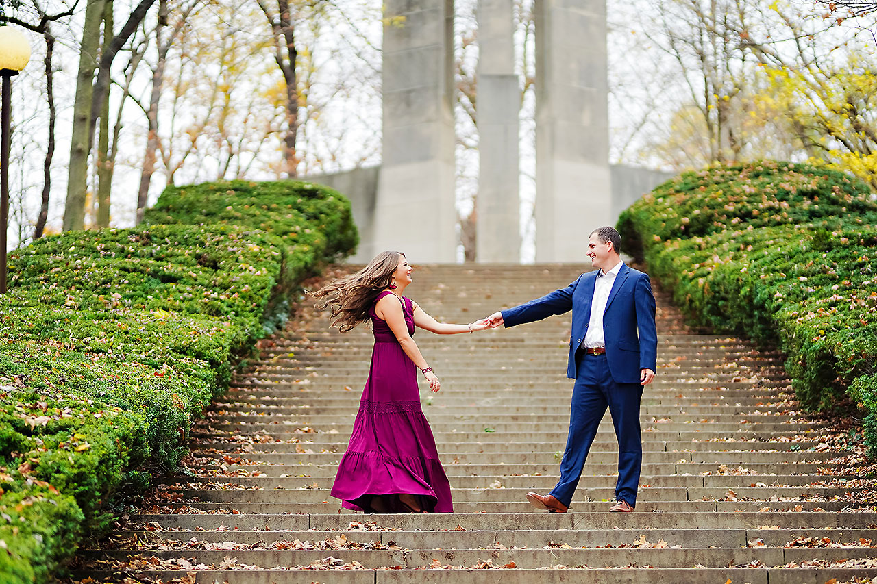 Sarah Andrew Holcomb Gardens Zionsville Engagement Session 020