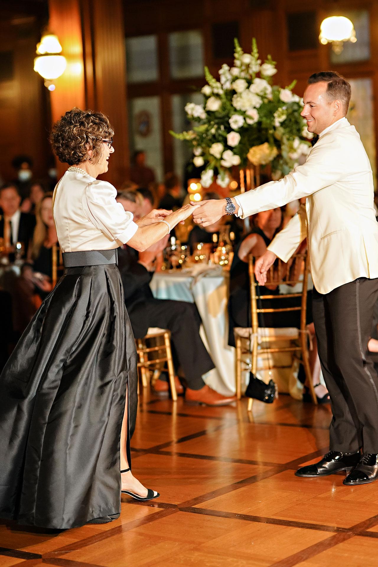Kaitlin Collin Scottish Rite Indianapolis Wedding 316