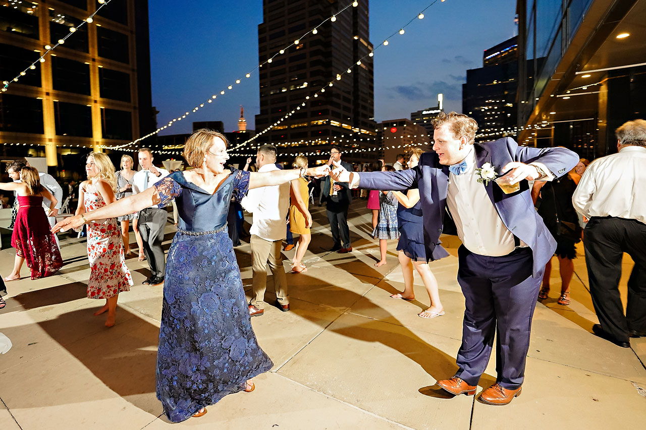 Sammi Jack Regions Tower JPS Events Indianapolis Wedding 350