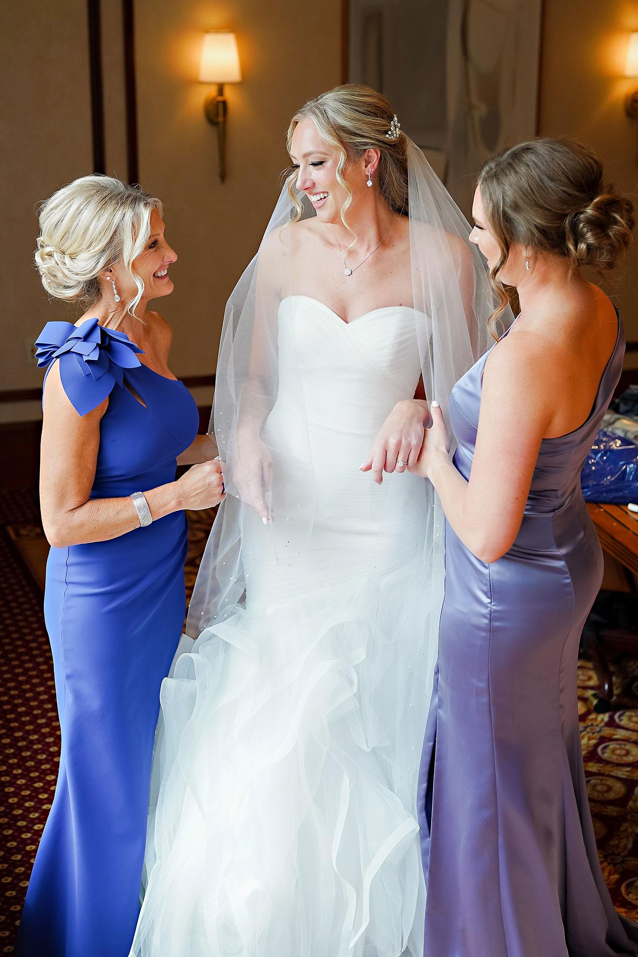 Liz Zach Conrad Artsgarden Indianapolis Wedding 020