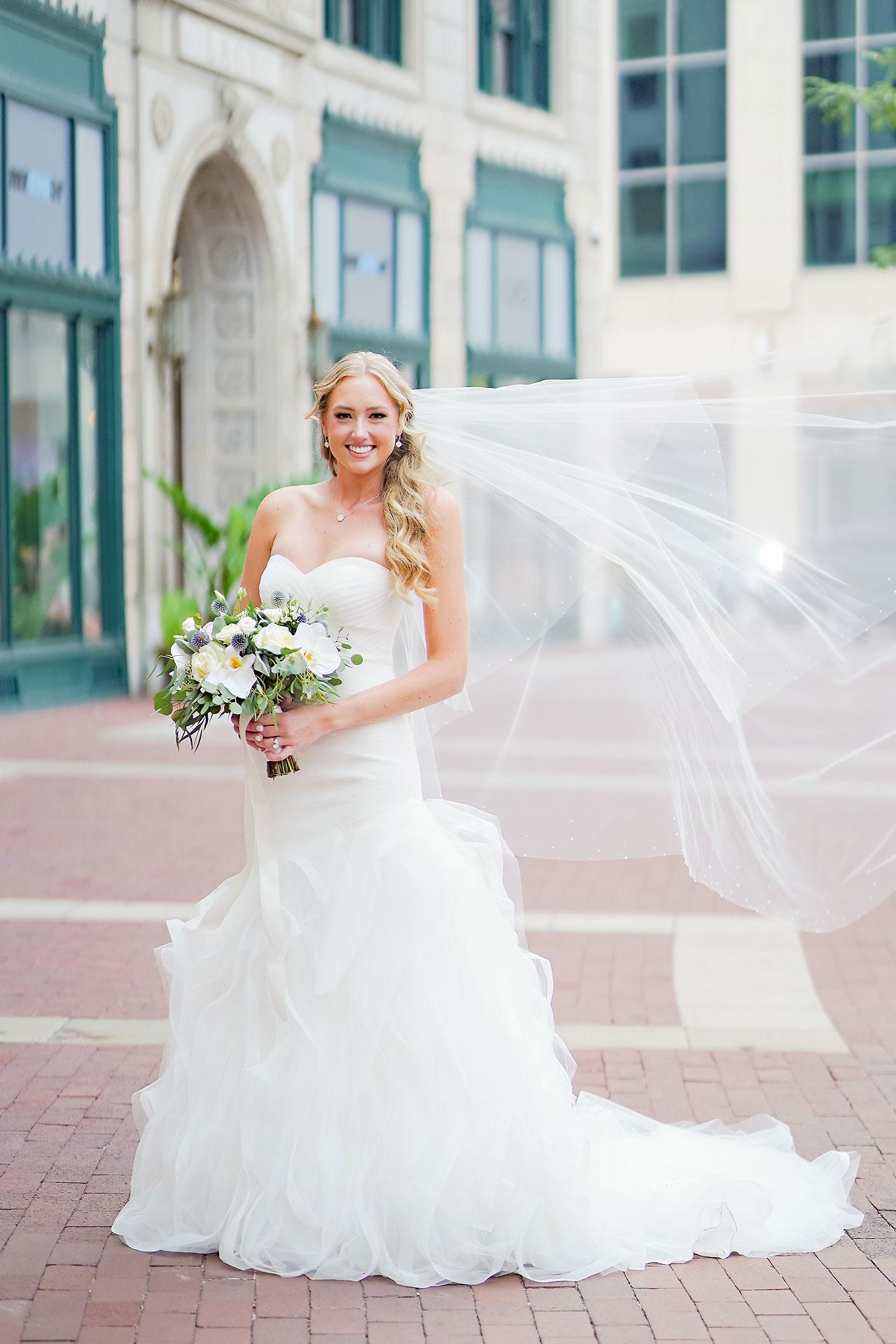 Liz Zach Conrad Artsgarden Indianapolis Wedding 044