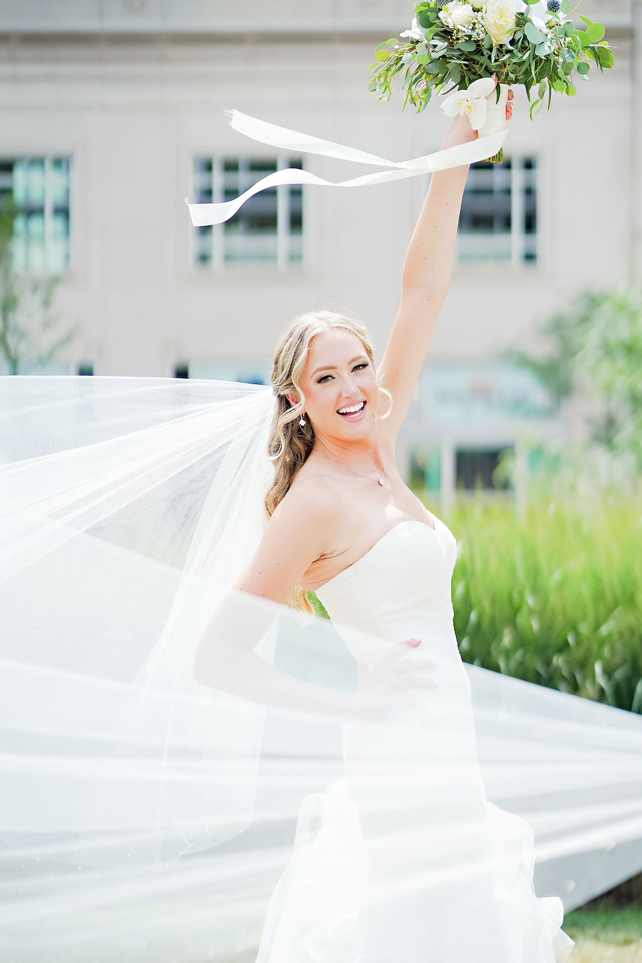 Liz Zach Conrad Artsgarden Indianapolis Wedding 067