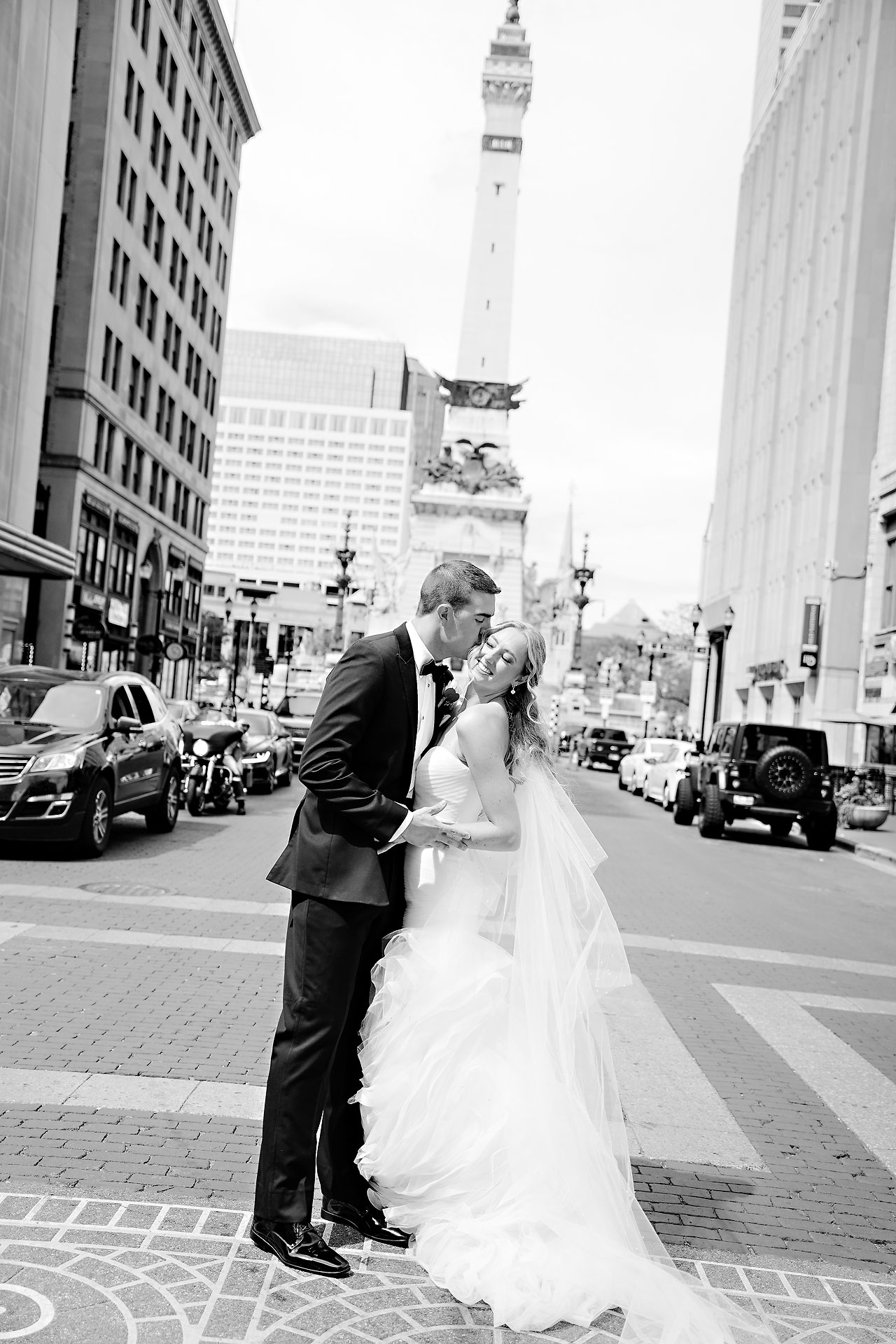 Liz Zach Conrad Artsgarden Indianapolis Wedding 127