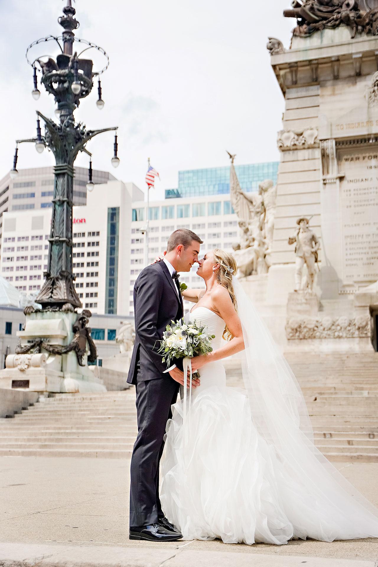 Liz Zach Conrad Artsgarden Indianapolis Wedding 150